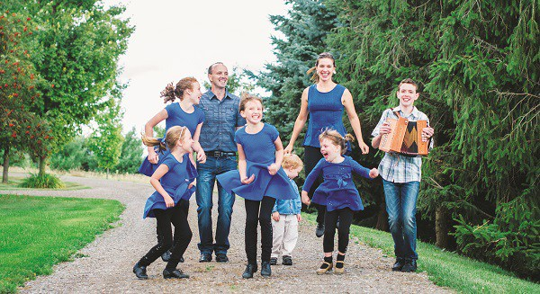 Rhythmfoot featuring the Leahy Family at the Alton Mill